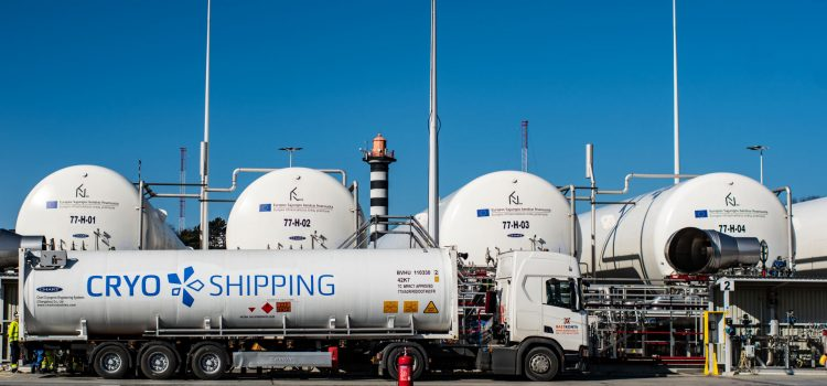 BREAKTHROUGH IN THE FIELD OF LNG BUNKERING: A VESSEL FILLED WITH LNG FOR THE FIRST TIME IN KLAIPĖDA PORT