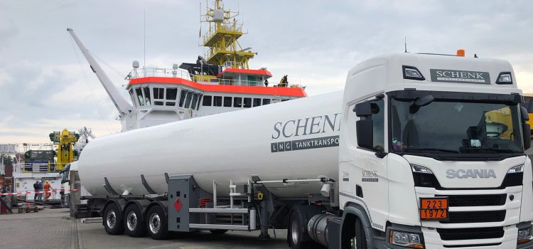 The world's first LNG-fuelled research vessel ATAIR receives LNG in Gasum's first truck-to-ship bunkering operation in Germany
